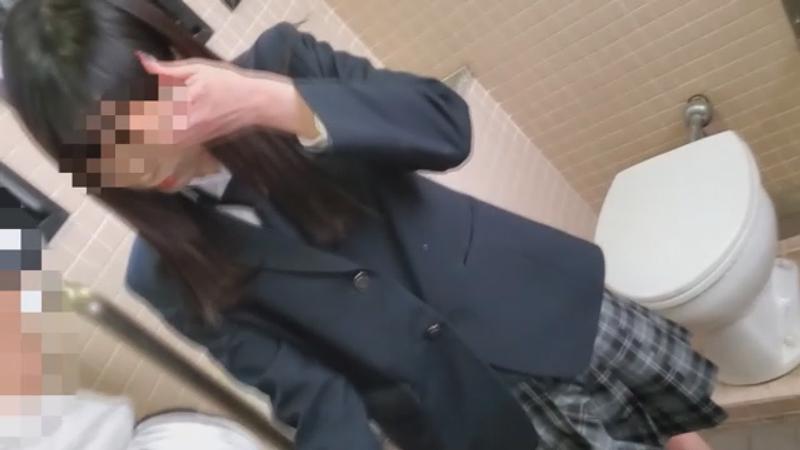 FC2 PPV 1308360 【個撮】県立普通軽音部②ぱ●つ売り始めたての少女に後輩が公園フェラからカラオケでぶっかける(20分)